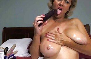 ახალგაზრდა ქალი მიყვარს შავი ნაშები გიჟები.