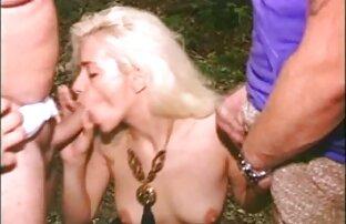 ბიჭი დაარწმუნა გოგონა აქვს სექსი დედა, ბებერი და აზალგაზრდა კამერა.